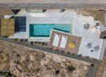 Jednoduchá a krásná rezidence na Santorini