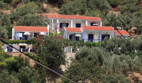 1 Kavouris Glifoneri Skopelos