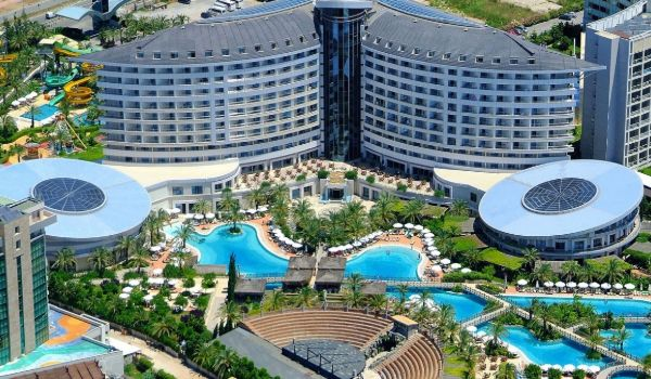 2 Royal Wings Antalya