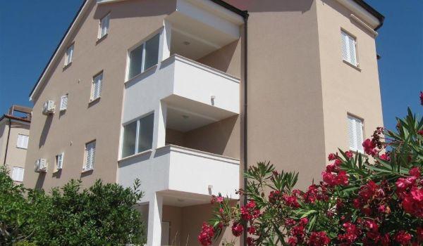 2 Vila Bozena Novalja