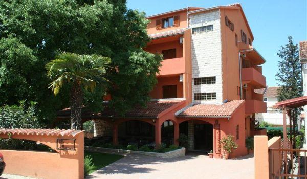 3 Villa Mai Mare Biograd Na Moru